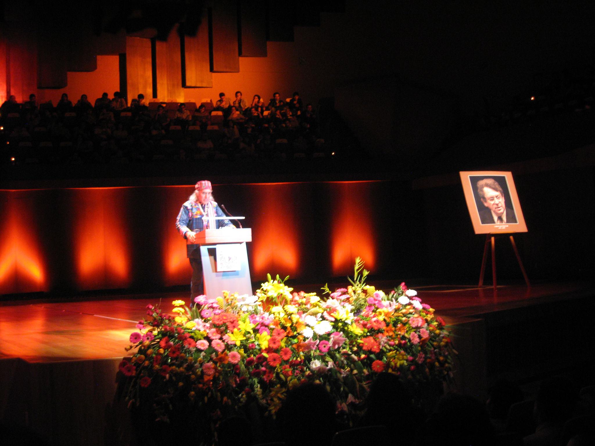 Reportaje: V Festival de poesía Las lenguas de América Carlos